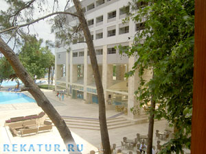 Территория отеля Mirada Del Mar Hotel
