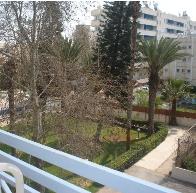 Сад перед апартаментами