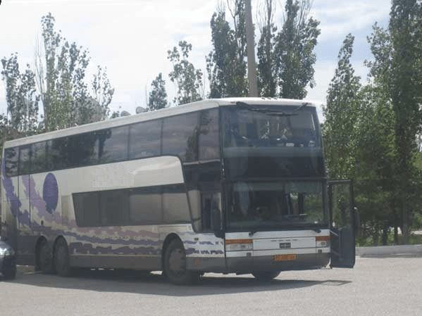 Фото автобуса на турах в Крым