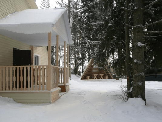 Гостиница Лесная Сказка на территории вотчины